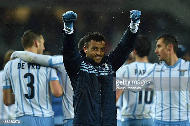Felipe Anderson of SS Lazio celebrates victory at the end of the Serie A match between Torino FC and SS Lazio at Stadio Olimpico di Torino on March...