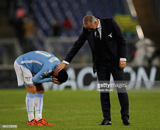 Felipe Anderson with his head coach Stefano Pioli of SS Lazio celebrates the victory after the Serie A match between SsS Lazio and Torino FC at...