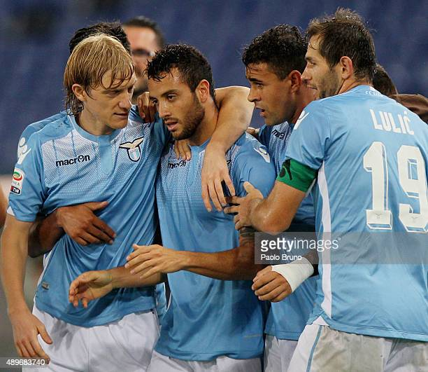 Felipe Anderson with his teammates of SS Lazio celebrates after scoring the team's second goal during the Serie A match between SS Lazio and Genoa...