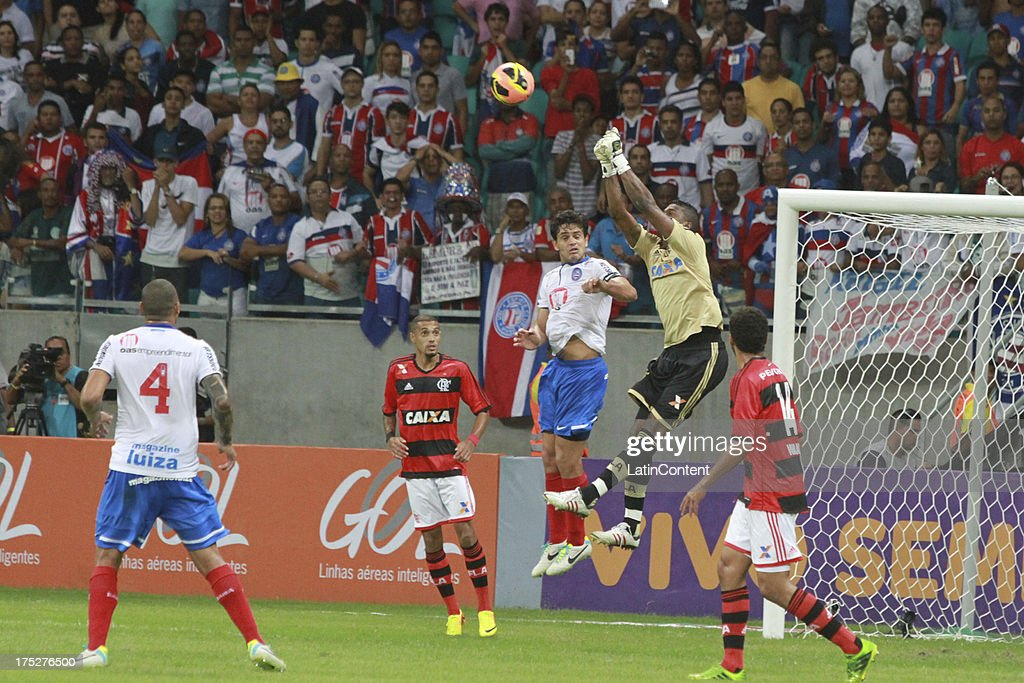 Felipe, goalkeeper of Flamengo jumps for the ball during a match between Flamengo and Bahia as part of the Brazilian Serie A Championship at Arena Fonte Nova Stadium on July 31, 2013 in Salvador, Brasil.