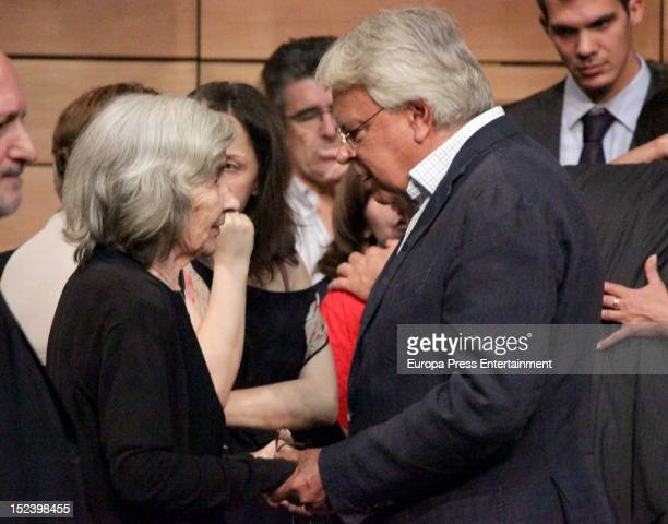 Felipe Gonzalez comforts Carmen Menendez during the funeral for former Communist Party leader Santiago Carrillo September 19 2012 in Madrid Spain...
