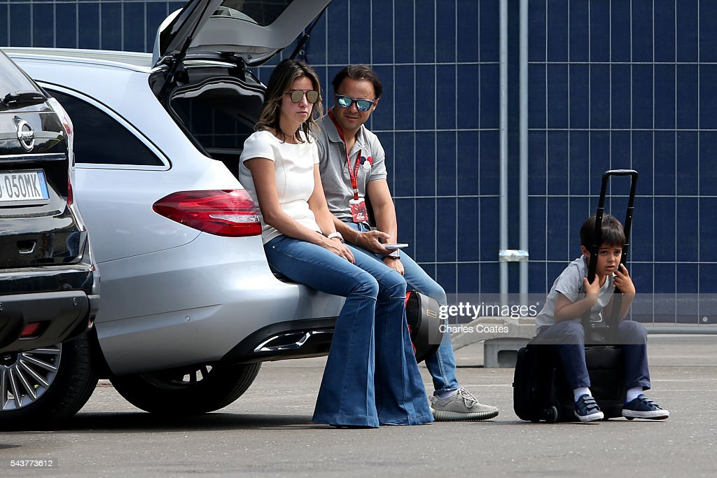 <a gi-track='captionPersonalityLinkClicked' href=/galleries/search?phrase=Felipe+Massa&family=editorial&specificpeople=206660 ng-click='$event.stopPropagation()'>Felipe Massa</a> of Brazil and Williams sits in the boot of a car with wife, Anna Raffaela Bassi and son Felipinho Massa during previews ahead of the Formula One Grand Prix of Austria at Red Bull Ring on June 30, 2016 in Spielberg, Austria.