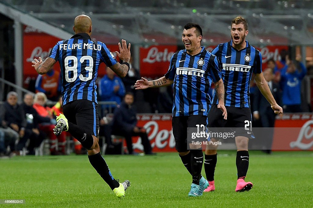 <a gi-track='captionPersonalityLinkClicked' href=/galleries/search?phrase=Felipe+Melo&family=editorial&specificpeople=646942 ng-click='$event.stopPropagation()'>Felipe Melo</a> of Internazionale Milano celebrates after scoring the opening goal during the Serie A match between FC Internazionale Milano and Hellas Verona FC at Stadio Giuseppe Meazza on September 23, 2015 in Milan, Italy.