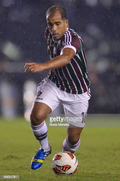 Felipe of Fluminense controls the ball during a match between Fluminense and Olimpia as part of the Copa Bridgestone Libertadores 2013 at Sao...