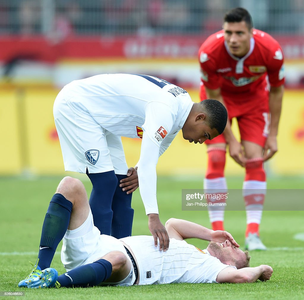 Felix Bastians and Michael Maria of VFL Bochum during the game between Union Berlin and dem VfL Bochum on April 29, 2016 in Berlin, Germany.
