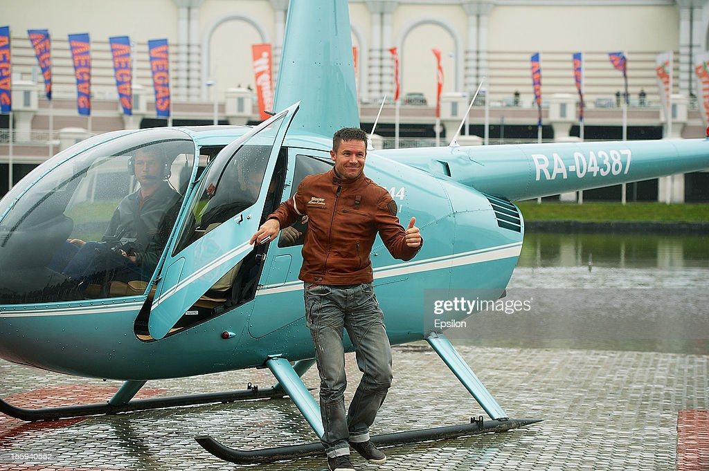 <a gi-track='captionPersonalityLinkClicked' href=/galleries/search?phrase=Felix+Baumgartner&family=editorial&specificpeople=787796 ng-click='$event.stopPropagation()'>Felix Baumgartner</a> arrives at his star ceremony at the 'Vegas' store Walk of Fame on November 09, 2012 in Moscow, Russia. Austrian <a gi-track='captionPersonalityLinkClicked' href=/galleries/search?phrase=Felix+Baumgartner&family=editorial&specificpeople=787796 ng-click='$event.stopPropagation()'>Felix Baumgartner</a> broke the world record for the highest free fall in history after making a 23-mile ascent in capsule attached to a massive balloon.