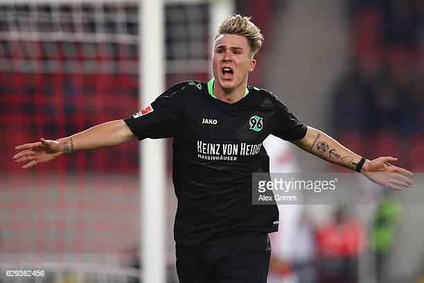 Felix Klaus of Hannover celebrates his team's second goal during the Second Bundesliga match between VfB Stuttgart and Hannover 96 at MercedesBenz...