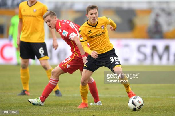 Felix Kroos of 1 FC Union Berlin and Niklas Hauptmann of SG Dynamo Dresden during the game between SG Dynamo Dresden and dem 1 FC Union Berlin on...