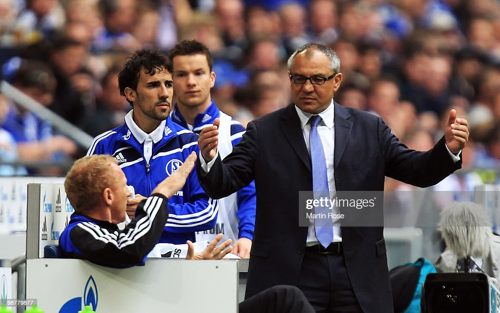<a gi-track='captionPersonalityLinkClicked' href=/galleries/search?phrase=Felix+Magath&family=editorial&specificpeople=206318 ng-click='$event.stopPropagation()'>Felix Magath</a>, head coach of Schalke reacts during the Bundesliga match between FC Schalke 04 and Werder Bremen at Veltins Arena May 1, 2010 in Gelsenkirchen, Germany.