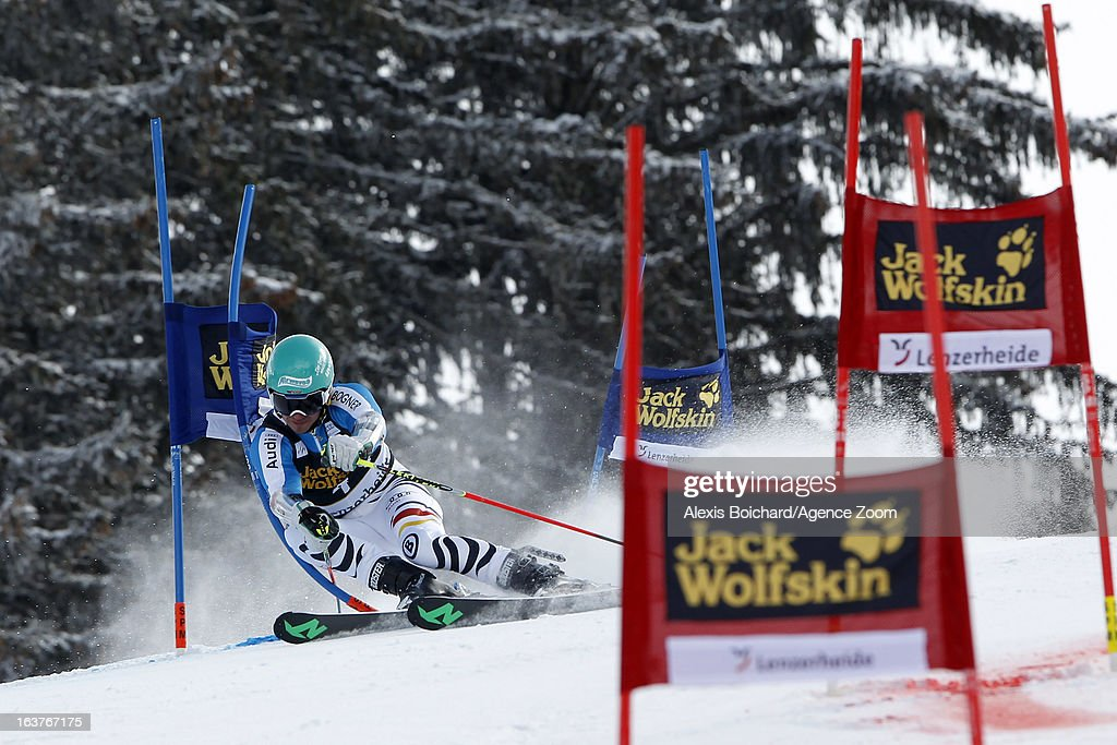 <a gi-track='captionPersonalityLinkClicked' href=/galleries/search?phrase=Felix+Neureuther&family=editorial&specificpeople=807800 ng-click='$event.stopPropagation()'>Felix Neureuther</a> of Germany competes during the Audi FIS Alpine Ski World Cup Nation's Team event on March 15, 2013 in Lenzerheide, Switzerland.