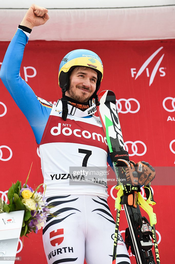 <a gi-track='captionPersonalityLinkClicked' href=/galleries/search?phrase=Felix+Neureuther&family=editorial&specificpeople=807800 ng-click='$event.stopPropagation()'>Felix Neureuther</a> of Germany takes 1st place during the Audi FIS Alpine Ski World Cup Men's Slalom on February 14, 2016 in Naeba, Japan.