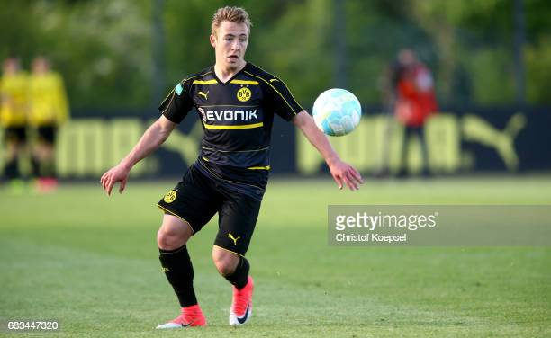Felix Passlack of Dortmund runs with the ball during the U19 German Championship Semi Final second leg match between Borussia Dortmund and VfL...