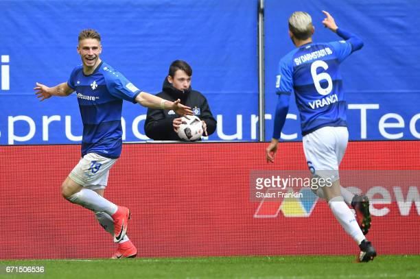 Felix Platte of Darmstadt celebrates scoring the second goal during the Bundesliga match between Hamburger SV and SV Darmstadt 98 at Volksparkstadion...