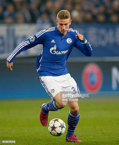 Felix Platte of Schalke runs with the ball during the UEFA Champions League Round of 16 match between FC Schalke 04 and Real Madrid at the...