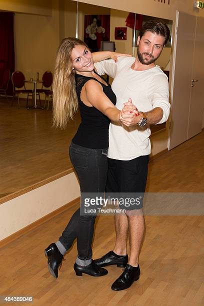 Felix von Jascheroff and Lisa Steiner pose during a photo call for the TV show 'Stepping Out' on August 18 2015 in Berlin Germany The show will air...