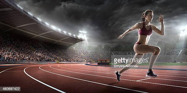 Weibliche Athlet sprinting