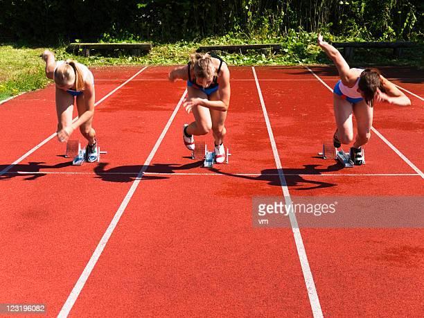 Female athletes starting