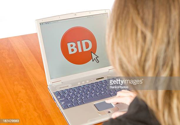 Female Bidding on an Online Auction