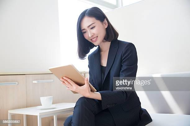 female boss tablet