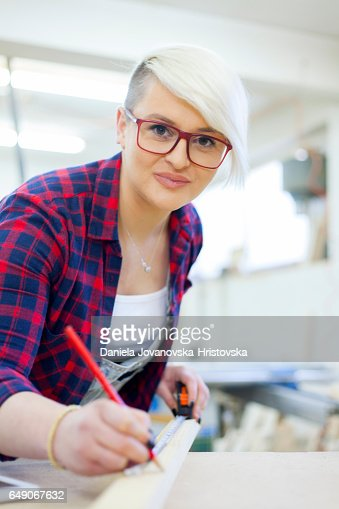 female carpenter : Stockfoto