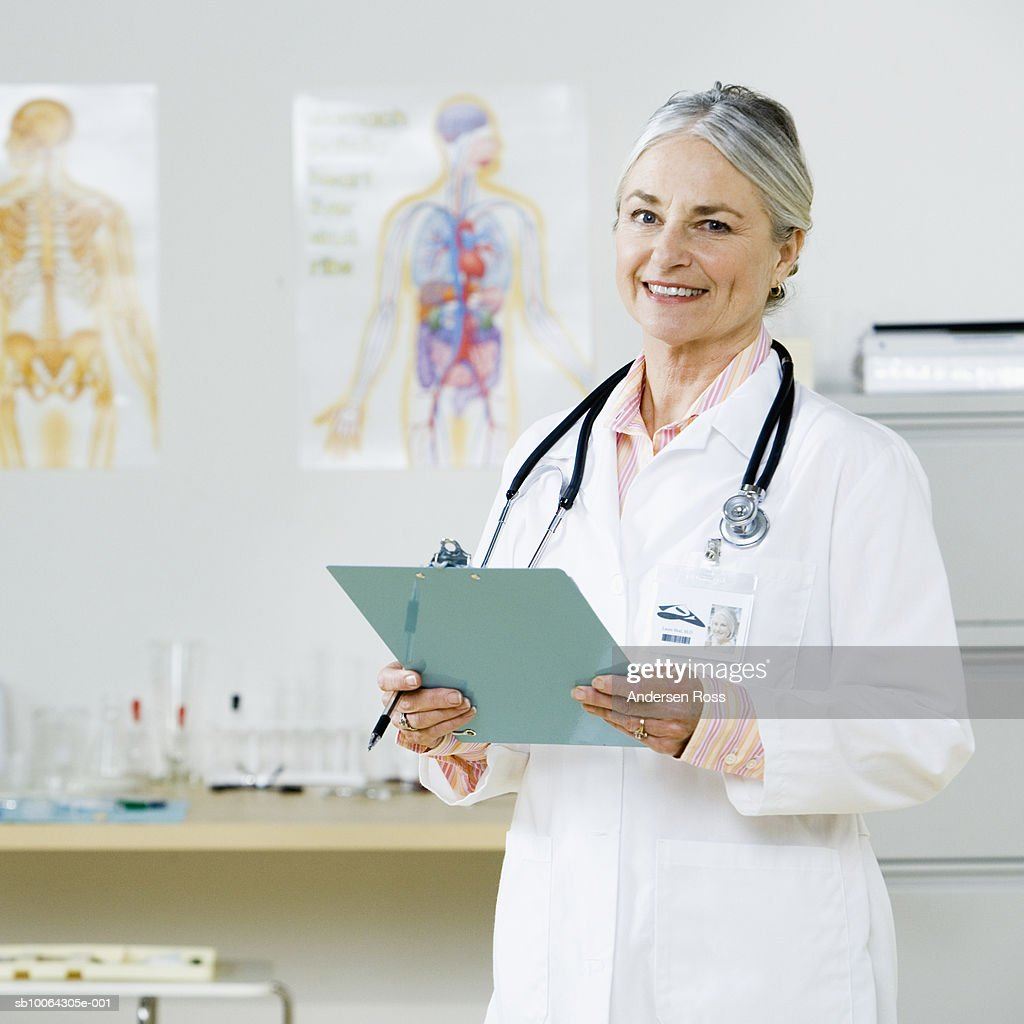 Female doctor at clinic, portrait : Stock Photo