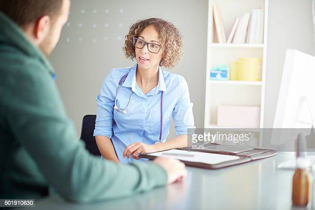 female doctor diagnosis