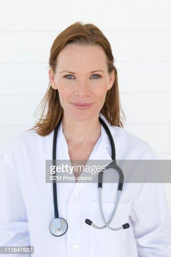Female doctor, Portrait : Stock Photo