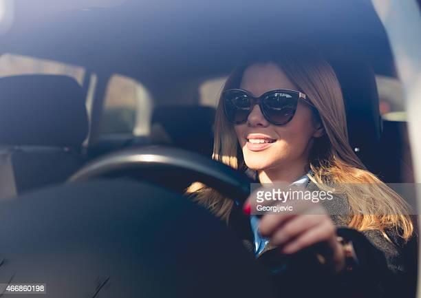 Femme conducteur