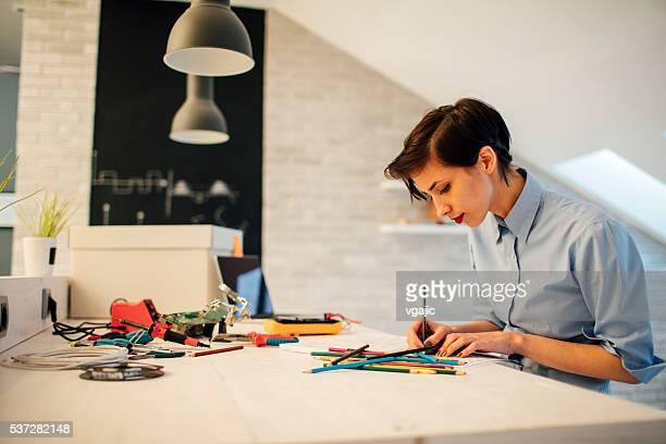 Femme ingénieur livre de coloriage