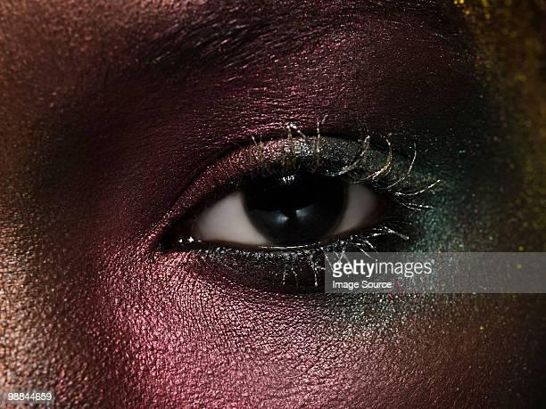 Weibliche Auge mit metallic-make-up
