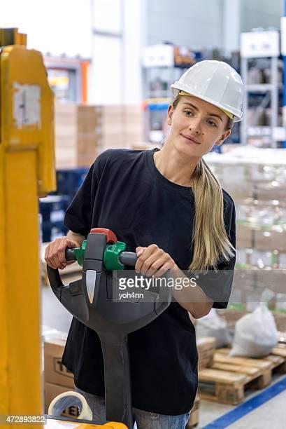 Femme Travailleur industriel