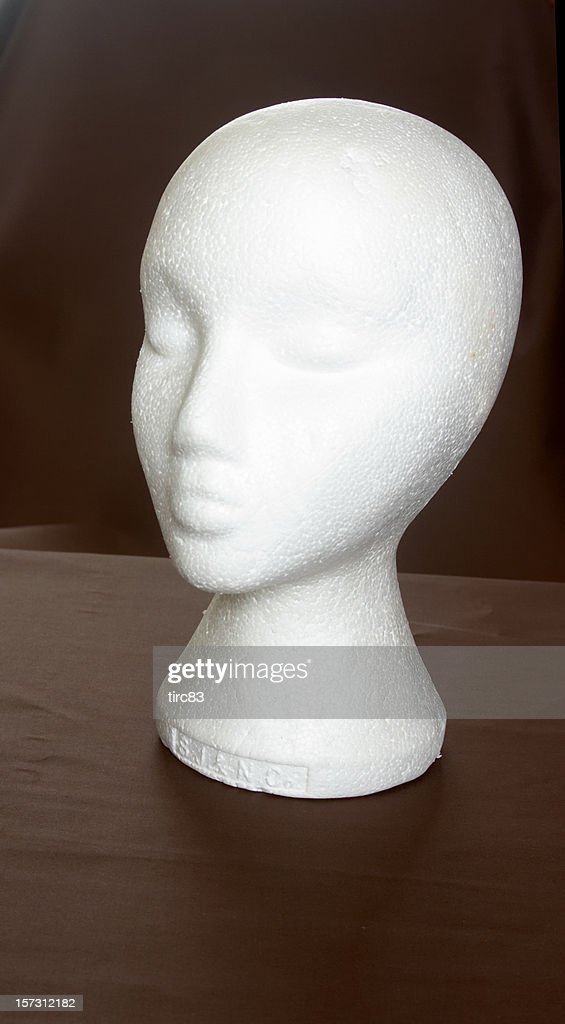 Female mannequin head and neck