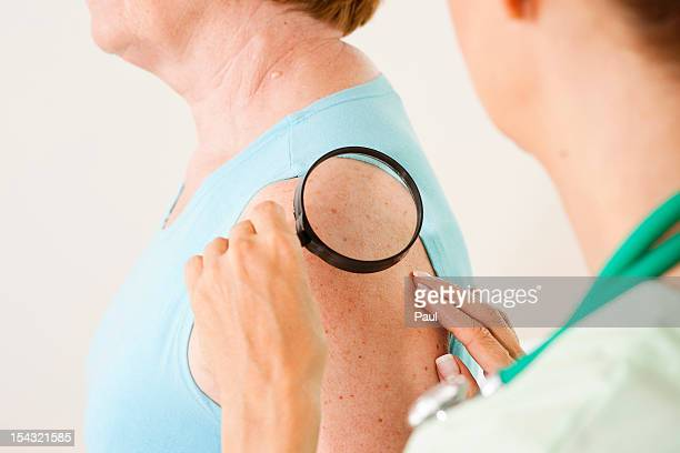 Female patient at female doctor