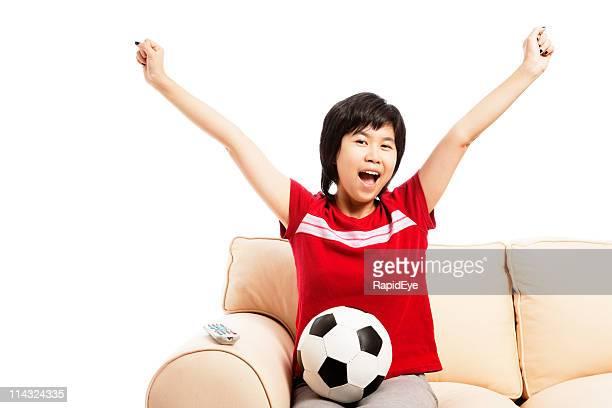 Weibliche Fußball-fan Fernsehen