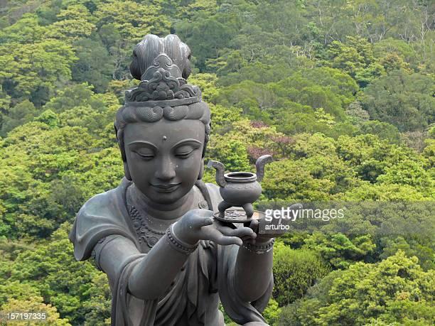 Templo estatua hembra