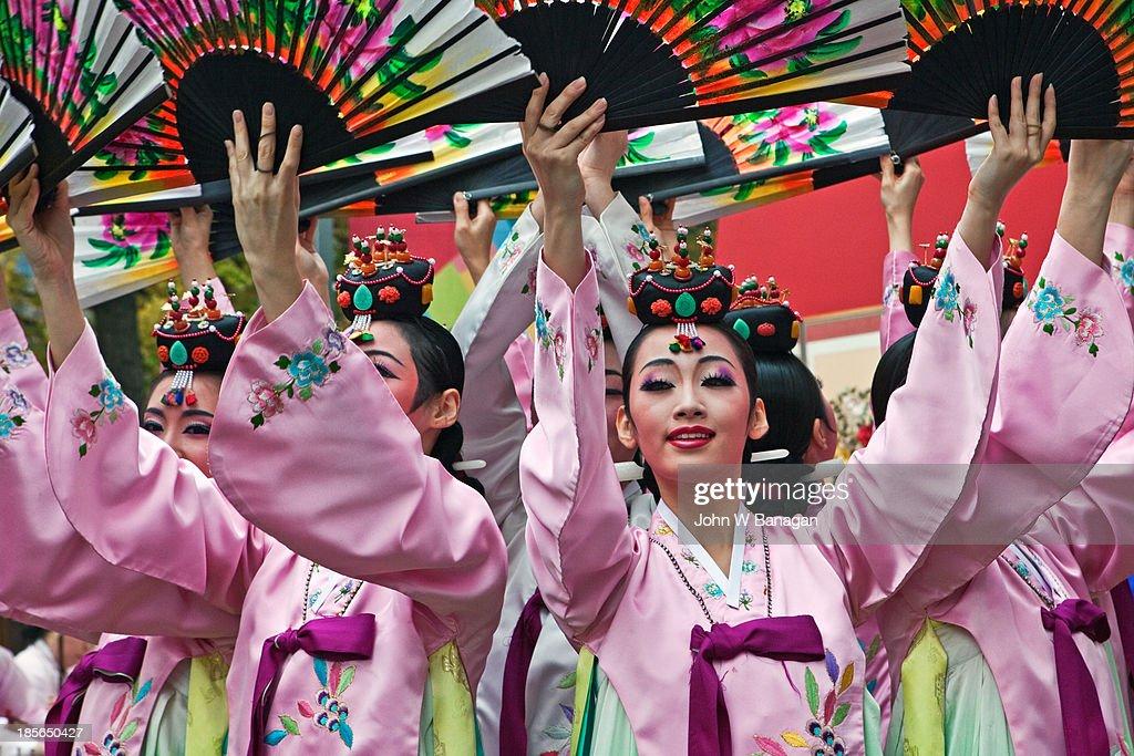 Female traditional performers, Seoul, Sth.Korea