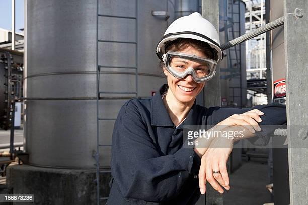 Impianto industriale Operaio femminile presso