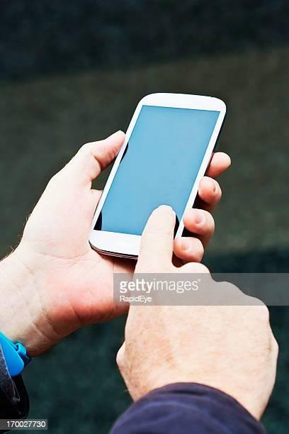 フェミニンなハンドタップタッチスクリーンの携帯電話