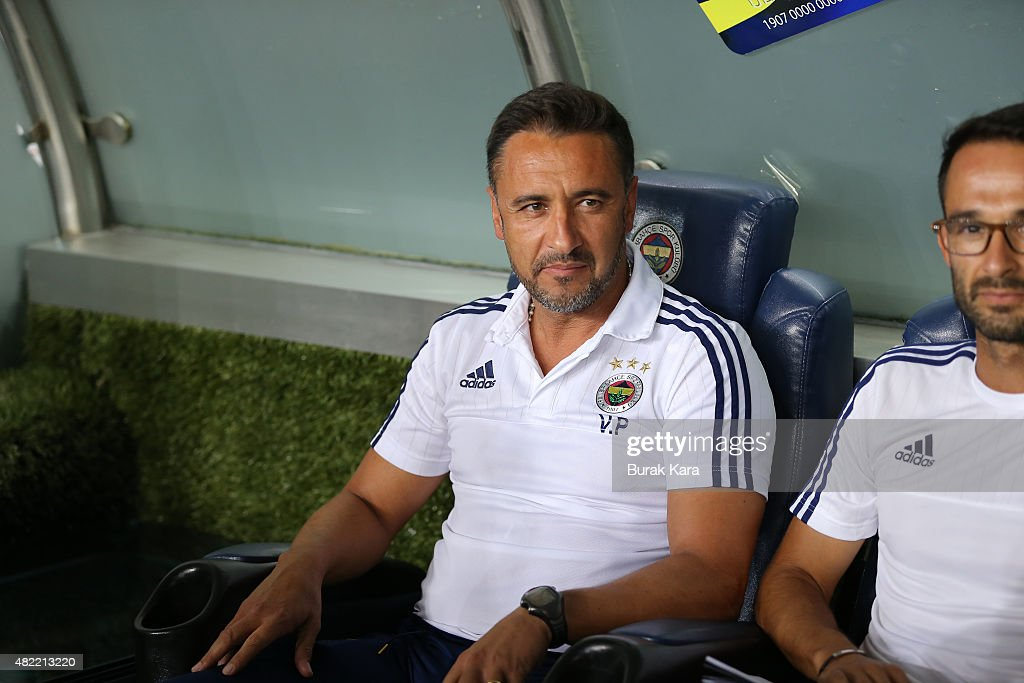 Fenerbahce's coach Vítor Pereira watches UEFA Champions League Third Qualifying Round 1st Leg match betweeen Fenerbahce v Shakhtar Donetsk at Sukru Saracoglu Stadium on July 28, 2015 in Istanbul, Turkey.