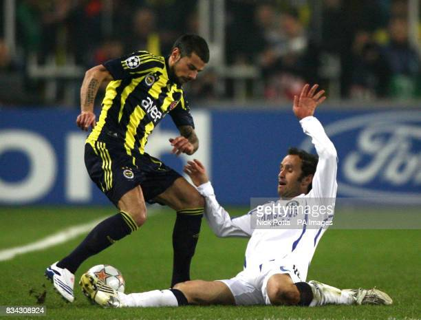 Fenerbahce's Mateja Kezman and Chelsea's Ricardo Carvalho battle for the ball during the Champions League Quarter Final First Leg match at the Sukru...