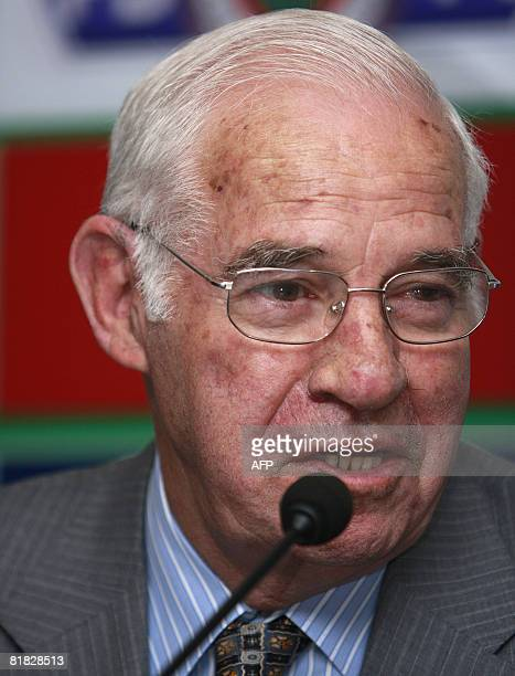Fenerbahce's new coach Luis Aragones talks during a signing ceremony in Istanbul July 5 2008 Aragones signed a twoyear contract to coach Fenerbahce...