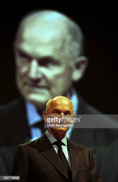 Ferdinand Piech chairman of the board of management of the Volkswagen AG during his speech at the International Automobil Exhibition in Frankfurt In...