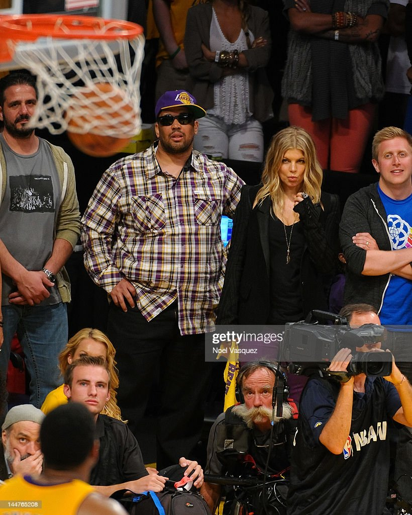 Fergie attends the Los Angeles Lakers and Oklamhoma City Thunder Game 3 of the Western Conference Semifinals in the 2012 NBA Playoffs on May 18, 2012 in Los Angeles, California.