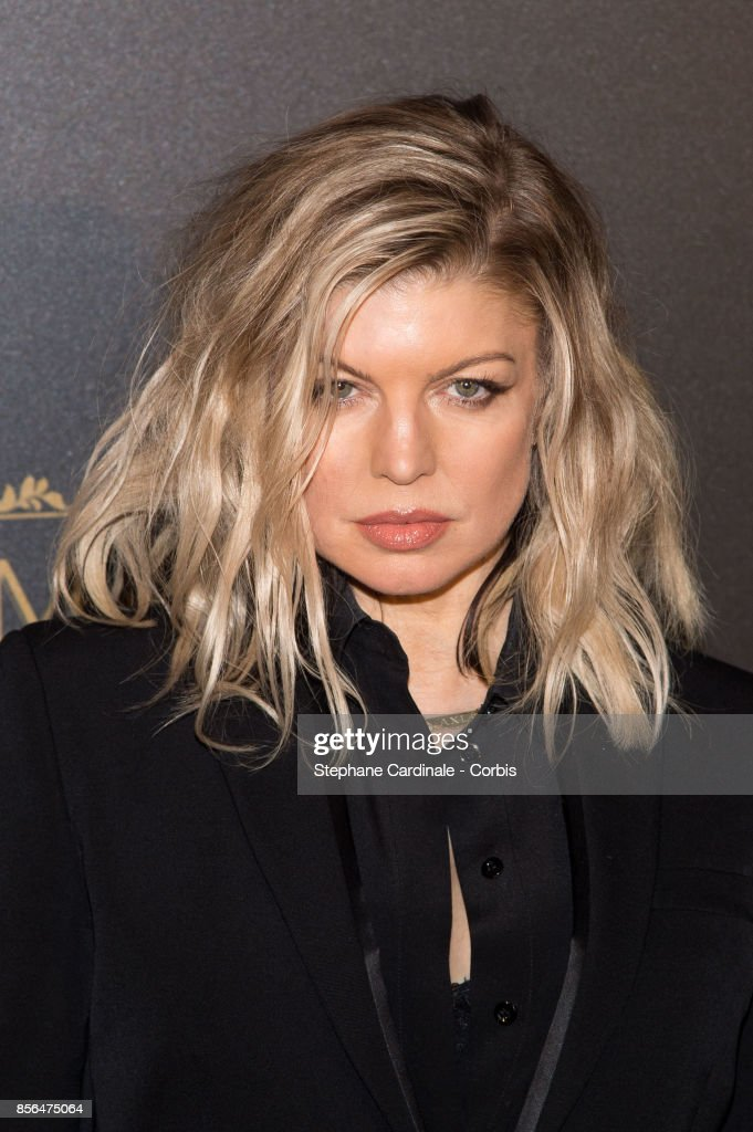 Fergie attends Vogue Party as part of the Paris Fashion Week Womenswear Spring/Summer 2018 at on October 1, 2017 in Paris, France.