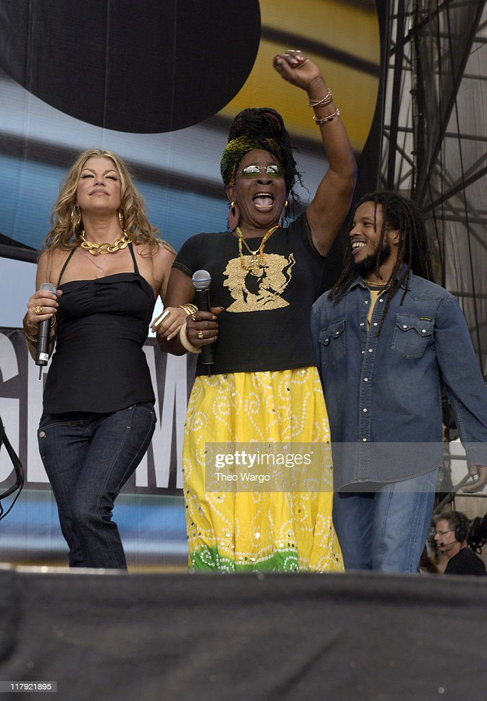 Fergie, <a gi-track='captionPersonalityLinkClicked' href=/galleries/search?phrase=Rita+Marley&family=editorial&specificpeople=745253 ng-click='$event.stopPropagation()'>Rita Marley</a> and <a gi-track='captionPersonalityLinkClicked' href=/galleries/search?phrase=Stephen+Marley&family=editorial&specificpeople=211262 ng-click='$event.stopPropagation()'>Stephen Marley</a> during LIVE 8 - Philadelphia - Show at Philadelphia Museum of Art in Philadelphia, Pennsylvania, United States.