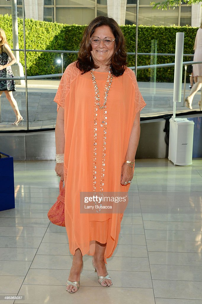 <a gi-track='captionPersonalityLinkClicked' href=/galleries/search?phrase=Fern+Mallis&family=editorial&specificpeople=201774 ng-click='$event.stopPropagation()'>Fern Mallis</a> attends the 2014 CFDA fashion awards at Alice Tully Hall, Lincoln Center on June 2, 2014 in New York City.