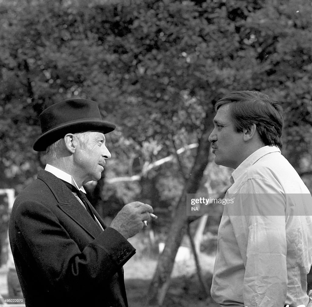 Fernand Gravey (the marquess) and the director actor, <a gi-track='captionPersonalityLinkClicked' href=/galleries/search?phrase=Maurice+Pialat&family=editorial&specificpeople=3272910 ng-click='$event.stopPropagation()'>Maurice Pialat</a> (the primary school teacher) in a scene of the serial 'The house of woods'