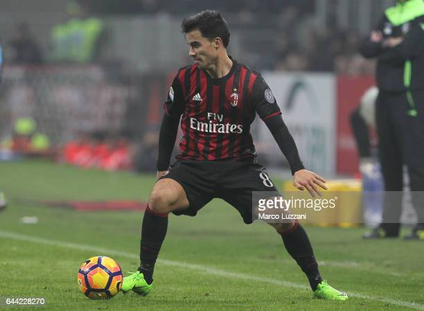 Fernandez Suso of AC Milan in action during the Serie A match between AC Milan and ACF Fiorentina at Stadio Giuseppe Meazza on February 19 2017 in...