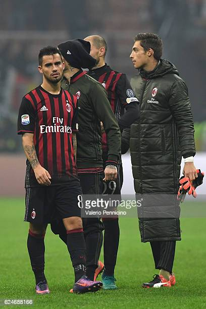 Fernandez Suso of AC Milan looks dejected at the end of the Serie A match between AC Milan and FC Internazionale at Stadio Giuseppe Meazza on...