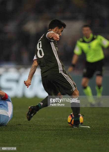 Fernandez Suso of AC Milan scores the team's first goal during the Serie A match between SS Lazio and AC Milan at Stadio Olimpico on February 13 2017...